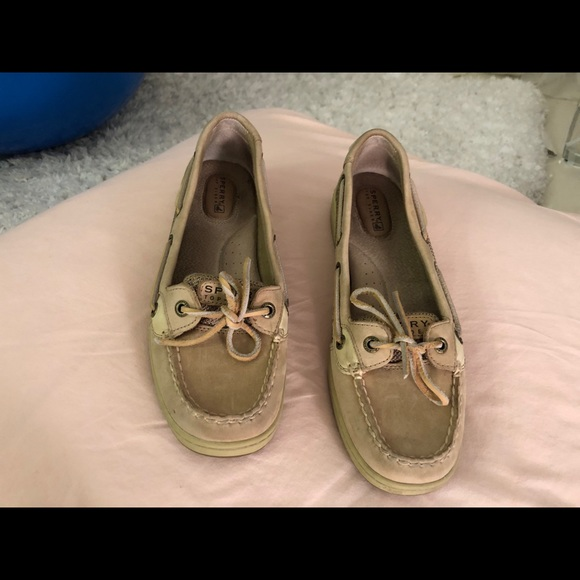 Perry top spider slip ons